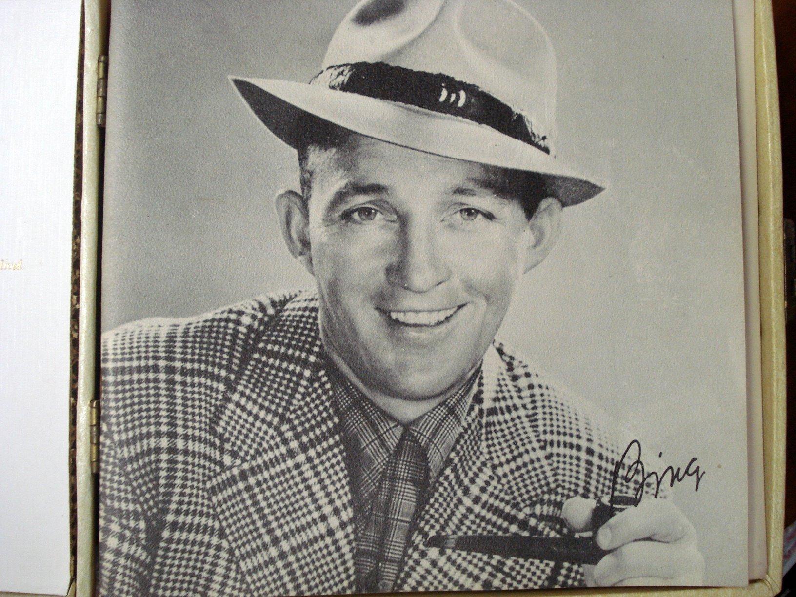 Bing Crosby Special Boxed Set Of 45 Records Azio Media