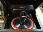silvertone-phonograph-tru-phonic-2