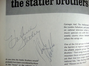 Autographs Johnny Cash, Statler Bros. & Bob Wootton 1972 Tour Program w Stubs 9
